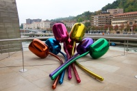 Tulips out of stainless steel by Jeff Koons